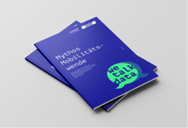 we-talk-data Brochure_Mockup